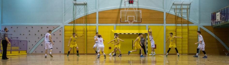 Košarka – fantje: dijaki ŠCRS najboljši v regiji!